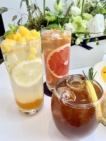 蘋果荔枝冰茶、黑糖檸檬氣泡飲、鮮柚冰茶