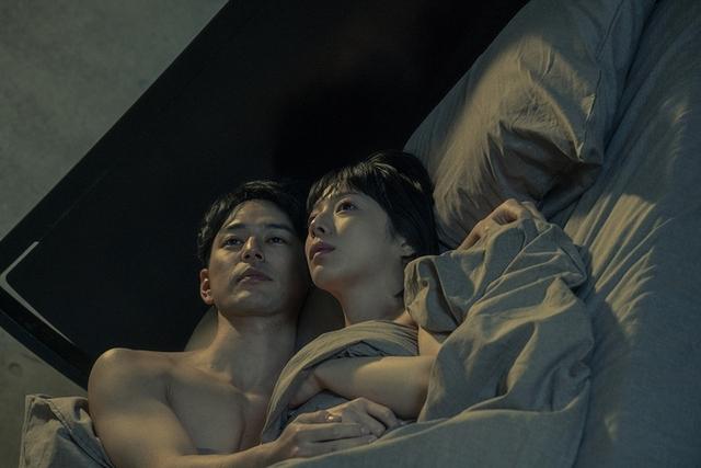 妻夫木聰激戰人妻! 5分半床戲舔腳、叫床不停歇