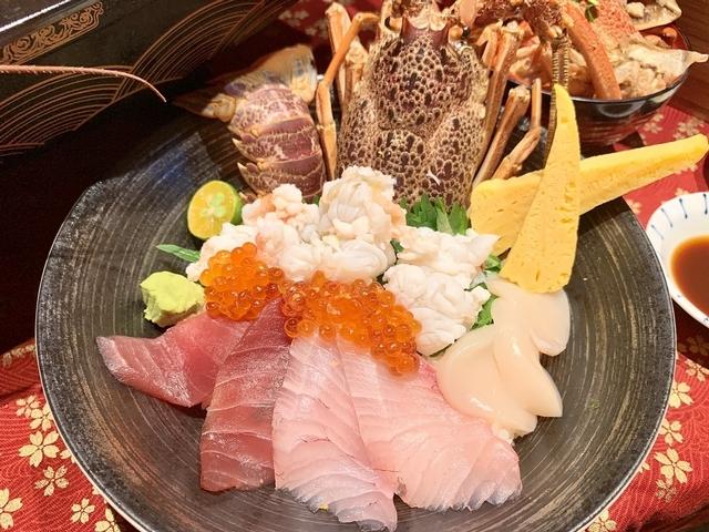生龍蝦海鮮丼