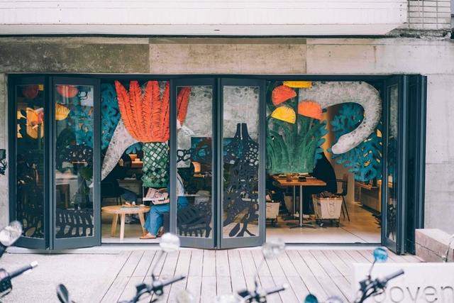仰角35度XBoven Cafe(每日12:00~19:30)