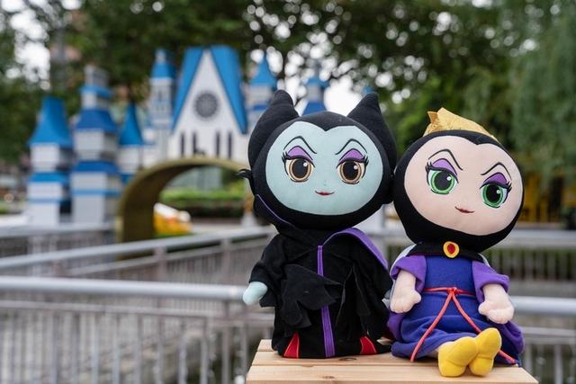 迪士尼反派角色黑魔女、壞皇后也集合啦!