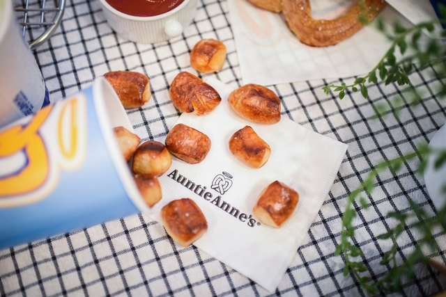 安緹塊口味:原味、肉桂、美式臘腸