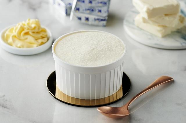 3. 法式雪霜乳酪杯 55元