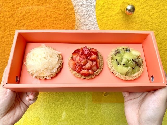 楊枝甘露塔(108元)、草莓香草塔(168元)、奇異果檸檬塔(128元)