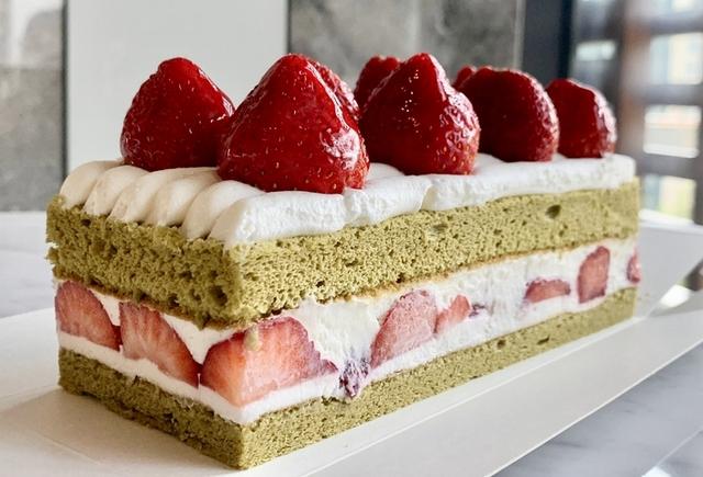 抹茶草莓生乳蛋糕 490元