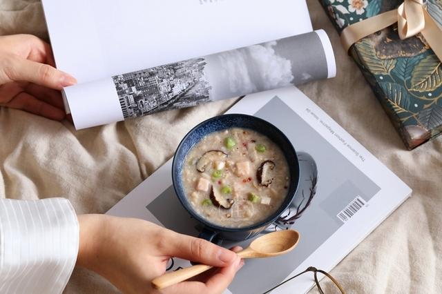 芋人不淑-香菇芋頭粥 229元(2盒)