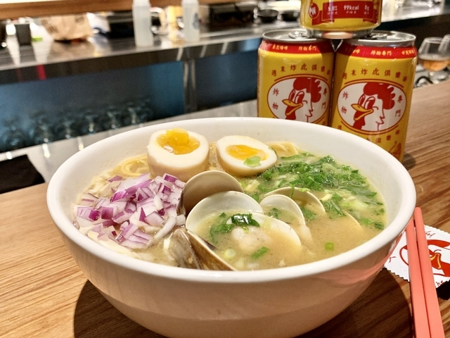 2. 聯名必吃:蛤蜊啤酒雞湯拉麵