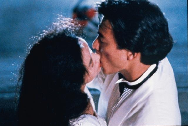 《天若有情》熱吻華仔成大銀幕經典CP! 吳倩蓮自嘲不夠美才被選上