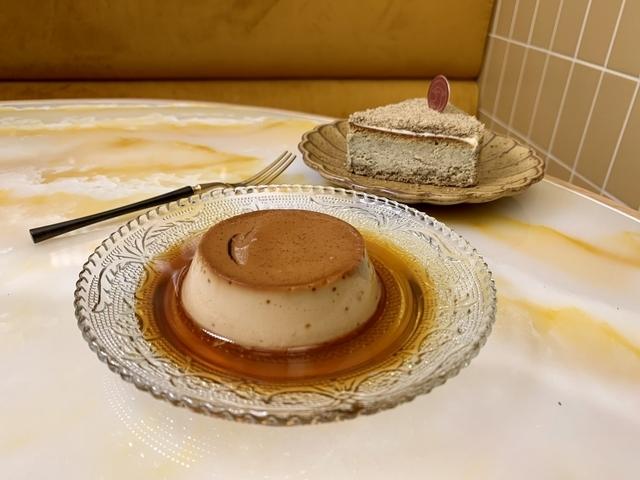 炭焙鐵觀音焦糖布丁、凍頂奶茶乳酪多款茶甜點必吃