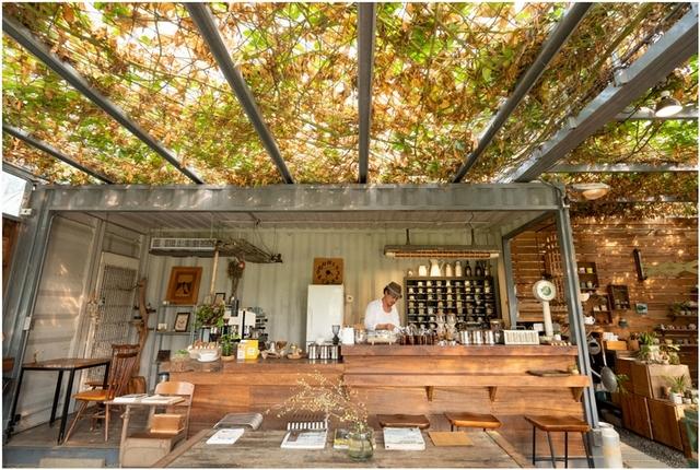 用思念築起的溫室咖啡廳「Papa在三芝」