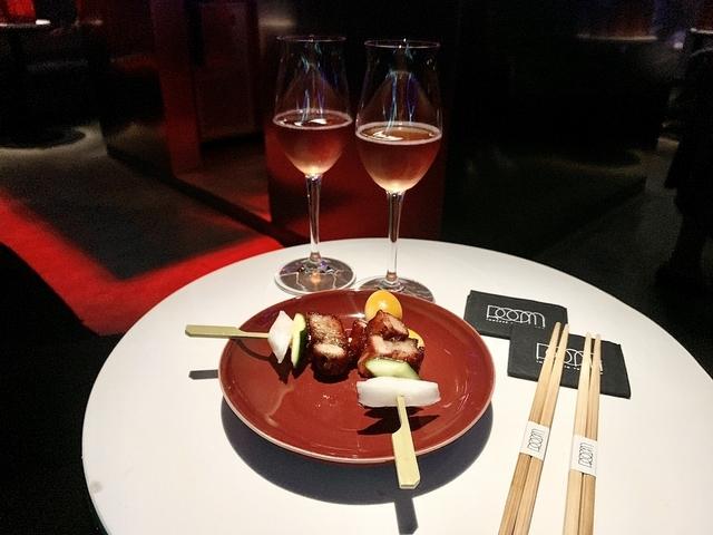 慶賀靚叉燒、東茶