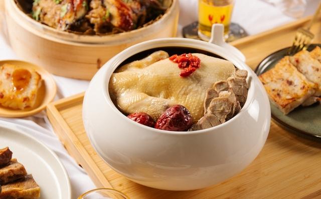 台南晶英酒店:漢方養生雞煲湯