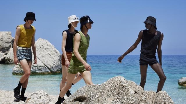 Prada 2022春夏男裝 開啟時髦男孩的度假之旅