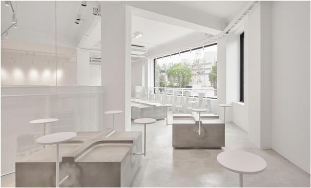 3. 純白層次空間、職人手感傢俱