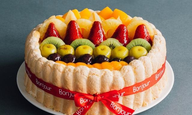 朋廚 Bonjour 法式水果卡士達  1,080元(6吋) / 1,580元(8吋)