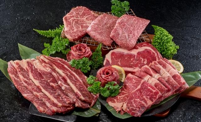 王品瘋美食 PRO夢幻雙和牛組 3,799元