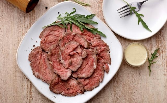 直火風味燒烤牛肉切片冷盤