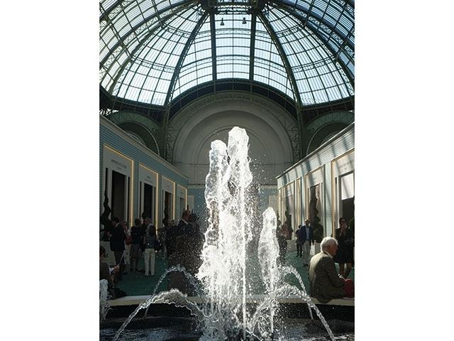 第27屆巴黎古董雙年展報導(上)-花園裡的巴黎女人