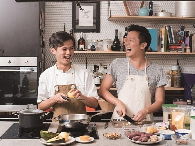 雙廚鬥陣跟著 喬艾爾Joël 和 索艾克Soac 輕鬆進廚房