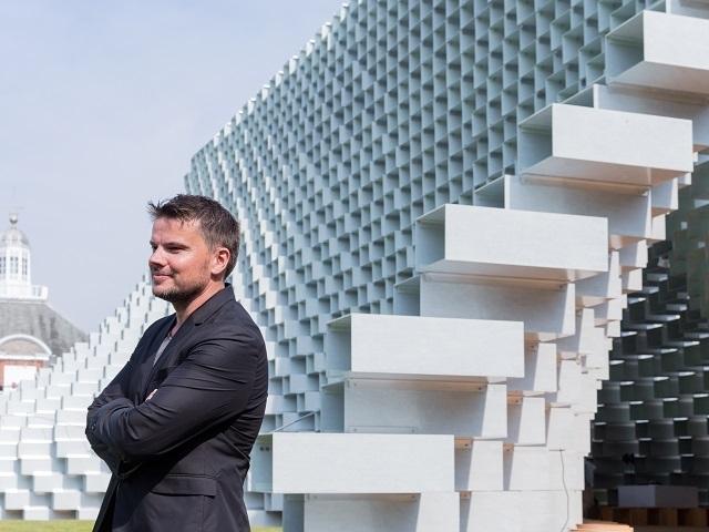 倫敦蛇形藝廊2016夏季主題館  BIG牌玻璃纖維磚砌牆