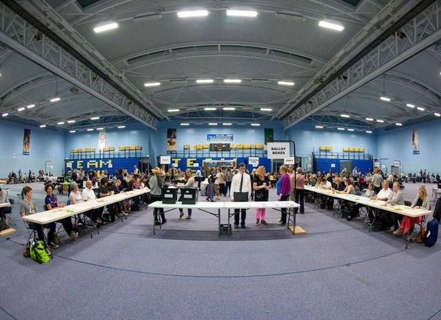 英國公投結果出爐,脫歐派以52%得票率領先留歐派48%