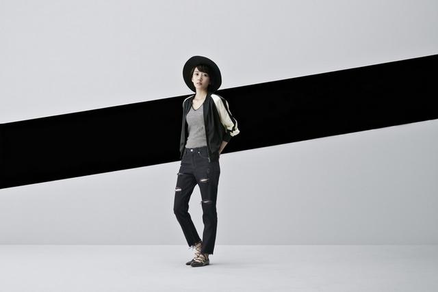 每月時尚主題:「MONOCHROME QUEEN單色風潮」7/11上市