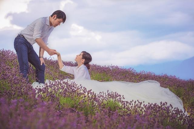 陳怡蓉婚紗曝光 回到「薰衣草」象徵一輩子的開始