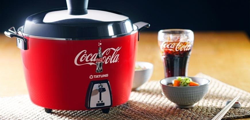 Coke迷與地方媽媽都超想要!可口可樂攜手本土天王「大同」推出紅紅火火電鍋