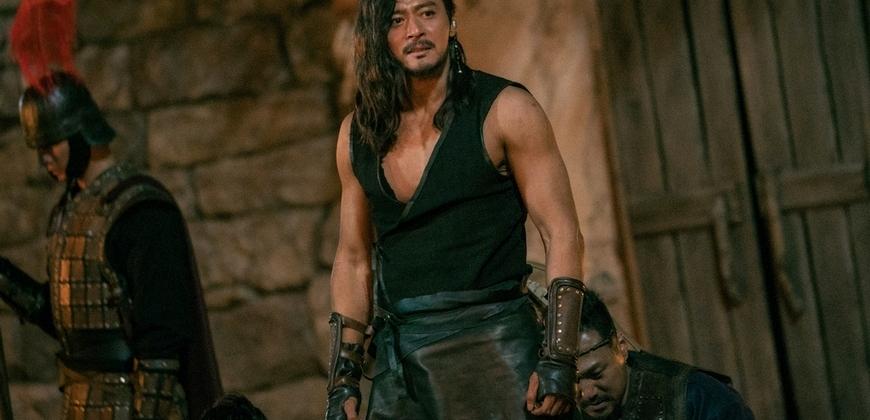 變身霸氣戰爭英雄! 張東健練壯8公斤露肌肉