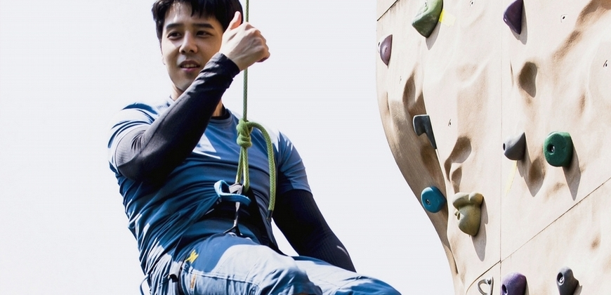 《王牌辯護人》不好當!胡宇威攀岩克服懼高心魔