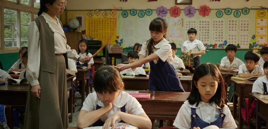 萬芳體罰學生手軟崩潰 不捨直呼「痛在她身 疼在我心」