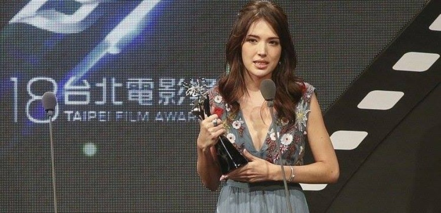 許瑋甯:拿下獎是一種美夢成真! 鐵粉留言「身為你的粉絲有夠驕傲!」